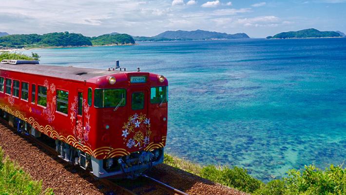 画像:山陰線観光列車「〇〇のはなし」
